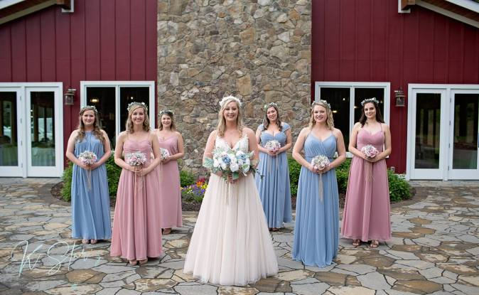 bride-bridesmaids-dresses-wedding-detail-shot-elizabeths-events-wedding5