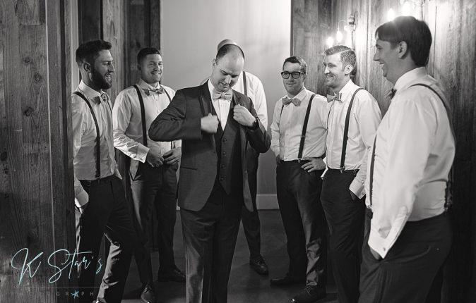 groom-groomsmen-southern-wedding
