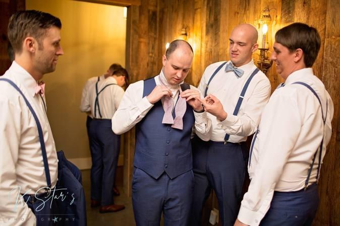 southern-wedding-groom-groosmen-getting-ready-wedding-planner